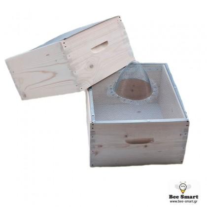 Σφηκοπαγίδα συρμάτινη κυψέλης by www.bee-smart.gr