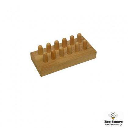 Ξύλινο καλούπι για 12 βασιλικά κελιά by www.bee-smart.gr